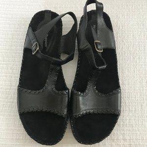 Hush Puppies Black Sandals